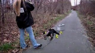 ดูหนังxฟรี ชายโรคจิตรขโมยศพสาวที่นอนนิ่งอยู่ข้างทางไปที่บ้านของตัวเอง แล้วข่มขืนศพ